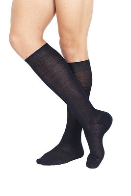 Flat Knit Long Lisle Socks Navy