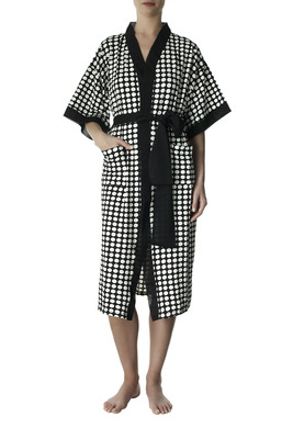 Black polka dots pattern viscose dressing gown Ellen